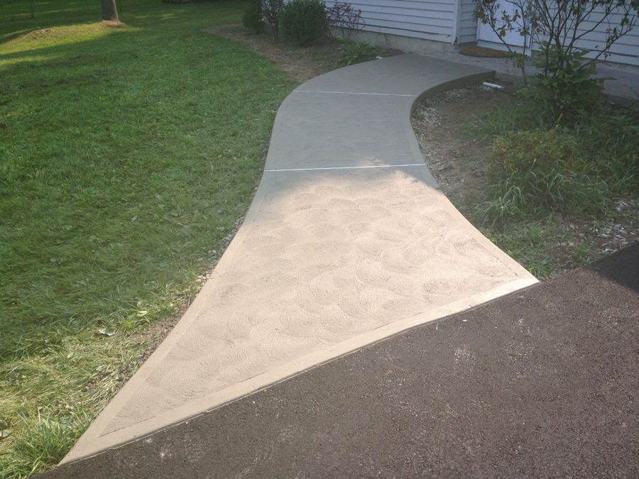 concrete sidewalk installation for homes & businesses