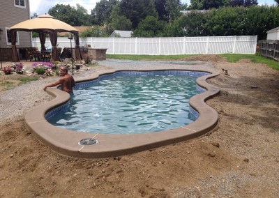Fiberglass concrete pool coping